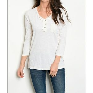 Tops - NWT ivory button light weight top